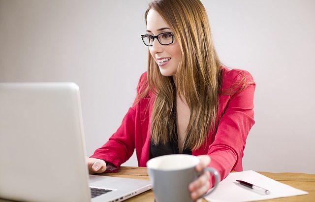 Geld verdienen von zu Hause als virtueller Assistent