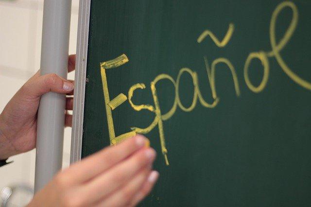 Geld verdienen von zu Hause als Sprachlehrer