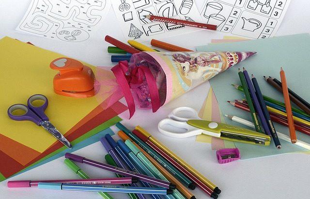 Geld verdienen von zu Hause mit kreativen Arbeiten